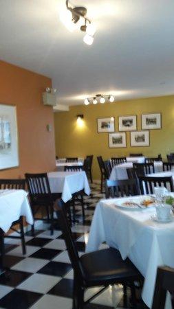 Hotel Le Pionnier : Breakfast Room