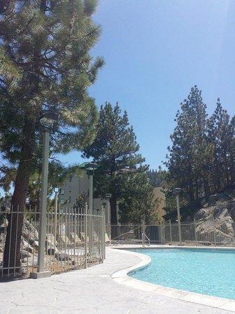 The Ridge Tahoe: Pool 1