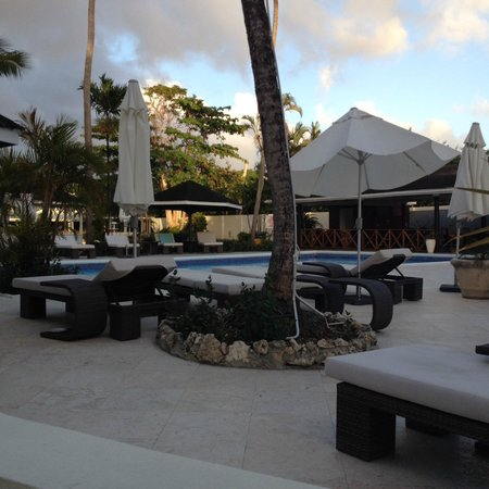Discovery Bay by Rex Resorts: pool area