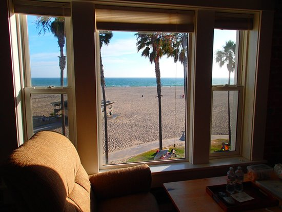 Venice Beach Suites & Hotel: The view from our room.