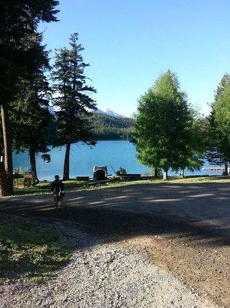 Tyax Lodge & Heliskiing: Lake