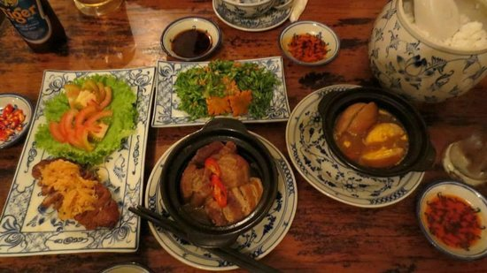 May Restaurant: Our delicious main course