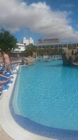 Blue Sea Costa Bastian: The main pool