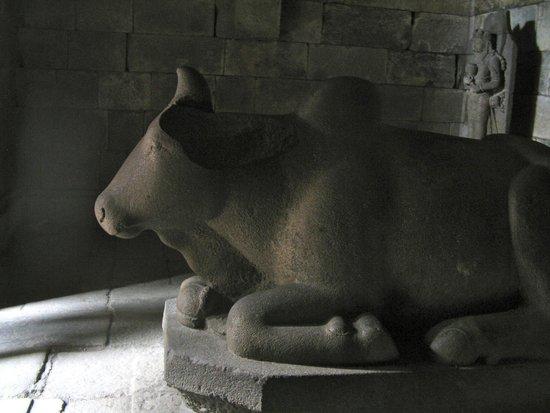 Temple de Prambanan : Nandi the bull