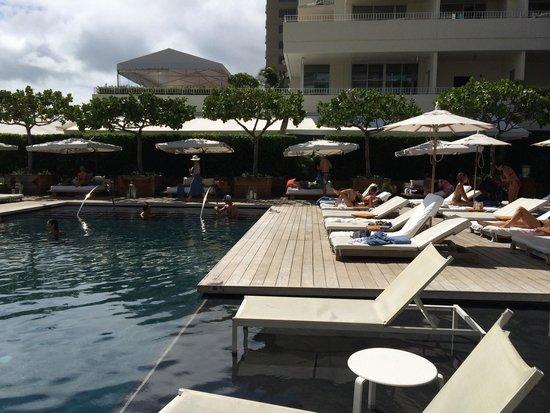 The Modern Honolulu: Pool