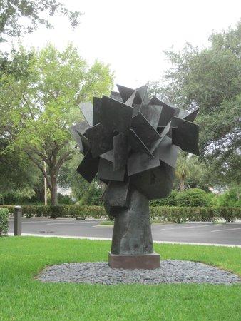 Artis-Naples: exterior sculpture