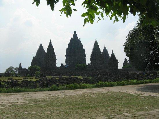 Temple de Prambanan : Prambanan overview