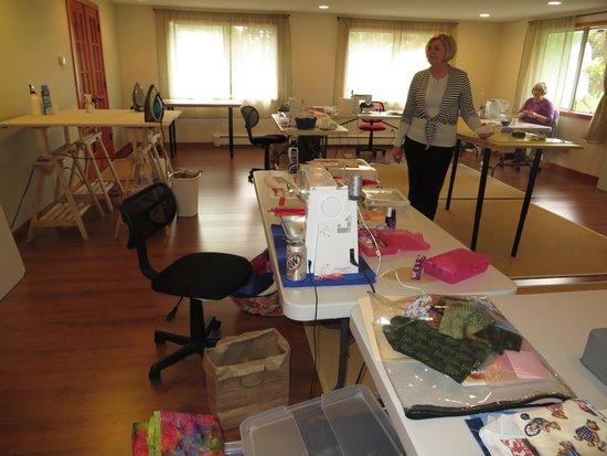 Plum Lodge: Sewing studio