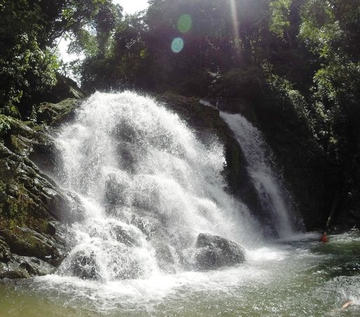 Quepoa Expeditions: amazing waterfall at 1/2 way break...