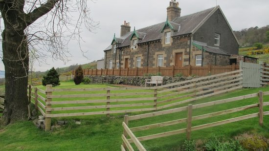 Originally croft worker cottages, this stone building houses 3 of the 5 Gavinburn cottages