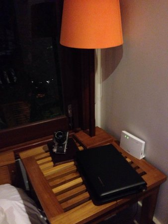 Hoi An Chic Hotel: Complimentary laptop