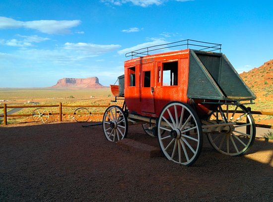 Goulding's Lodge & Campground: Goulding's stage coach
