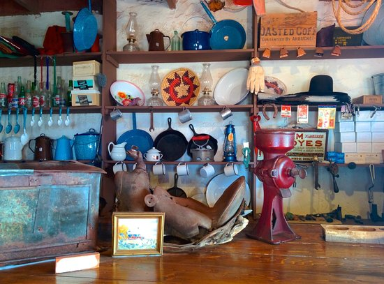 Goulding's Lodge & Campground: Museum general store
