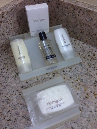 Hilton Garden Inn Chicago O'Hare Airport : Better bath products