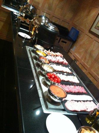 Melia Vendome - Paris: Breakfast - Cold and Hot buffet