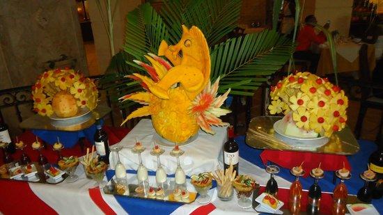 Barcelo Punta Cana: Decoración en Buffet