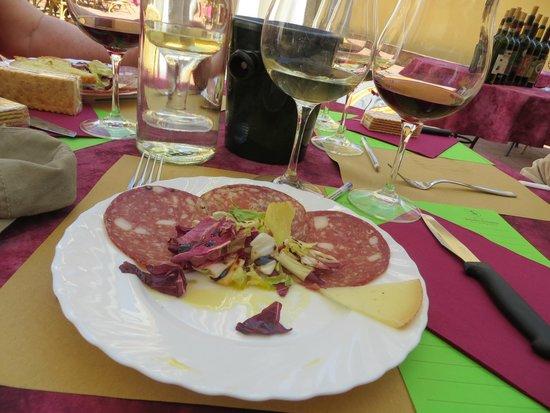 Tenuta Torciano : Delicious snacks accompany the wines