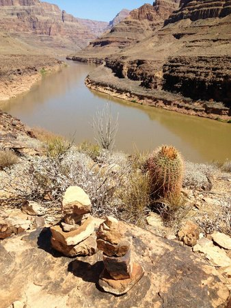 Papillon Grand Canyon Helicopters: Colorado River