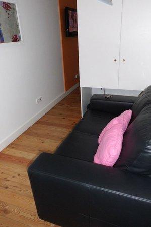 Hello Lisbon Santa Apolonia Apartments : Entrada ao apartamento