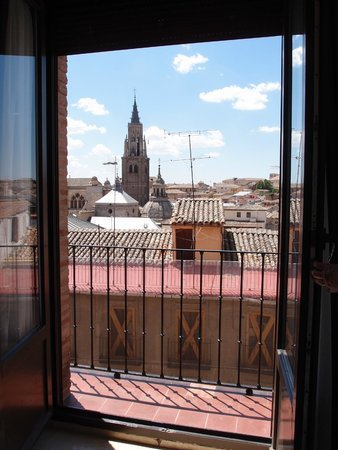 Carlos V Hotel: View from Roon 314.
