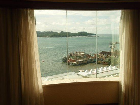Le Meridien Kota Kinabalu: 部屋からの眺め