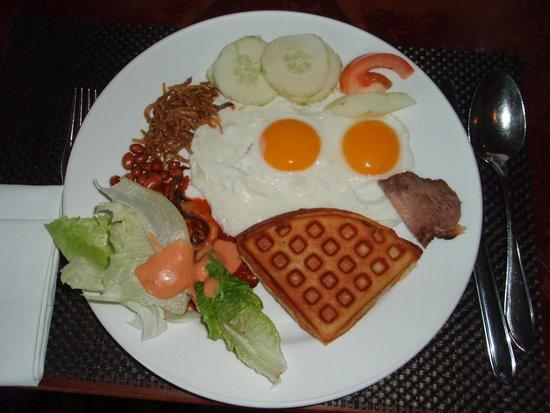Le Meridien Kota Kinabalu: 朝食