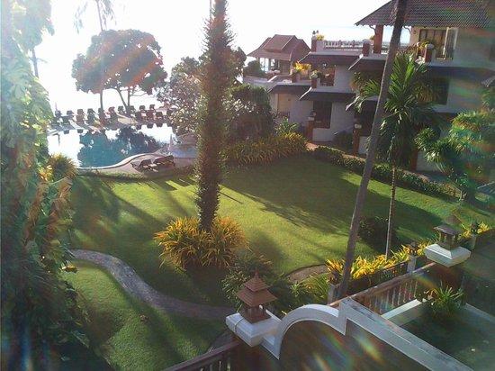 Aloha Resort: Утренний вид с балкона