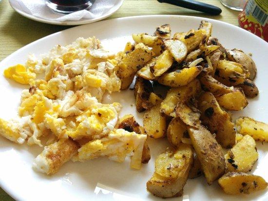 Cafe Hood: Eggs and potatoes