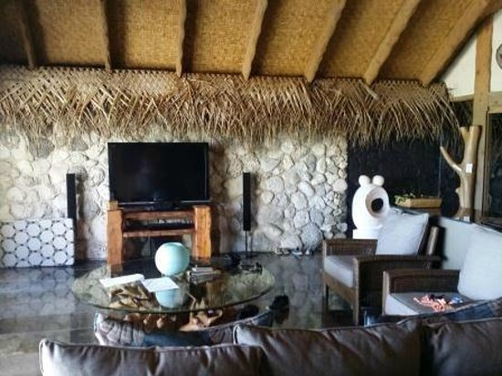 Aitutaki Escape : The lounge and entertainment unit
