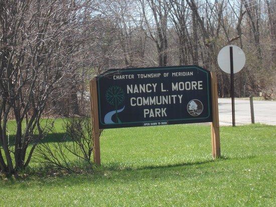 Nancy Moore Park: MI-OKEMOS-N_MOORE_PARK-4
