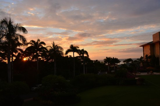 Four Seasons Resort Maui at Wailea: Sunset from our room