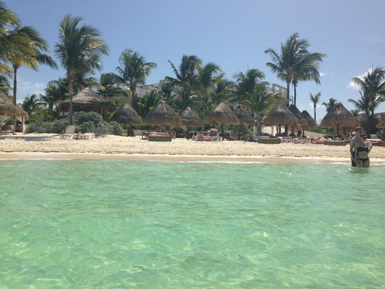 Excellence Playa Mujeres: The private beach!