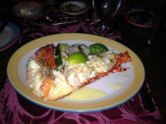 St. James's Club & Villas : Piccolo Mondo lobster