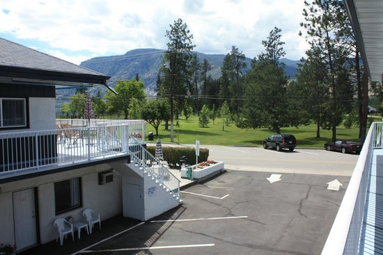 Sunny Beach Motel: View from Patio