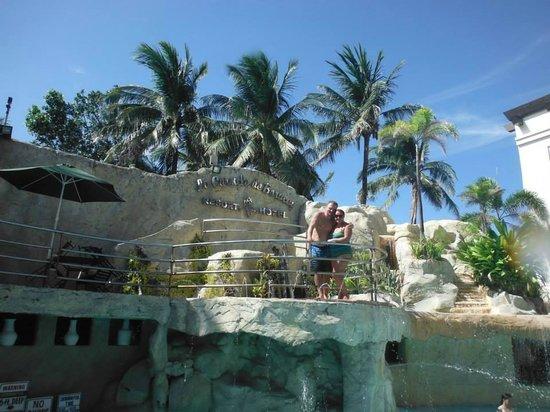 La Carmela de Boracay: hotel grounds