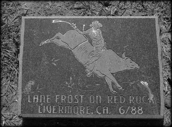 Showman's Rest and Bull Rider's Reprieve : Lane Frost foot stone