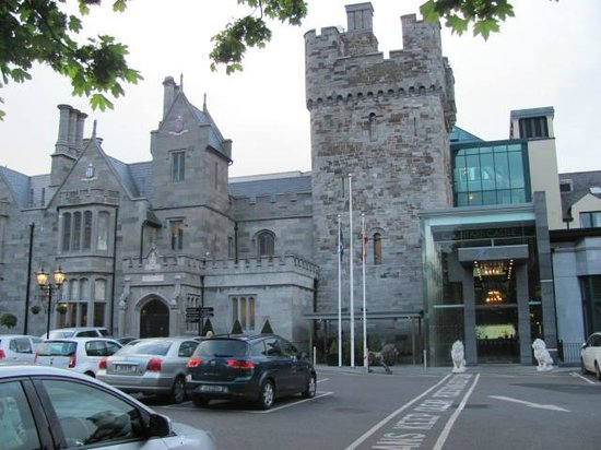 Clontarf Castle Hotel: Our First View