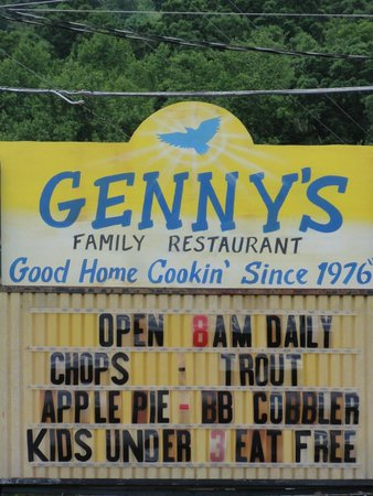 Genny's Restaurant : Little touristy restuarant
