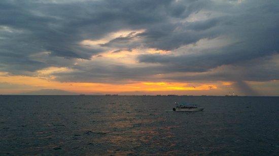 Manila Bay: 마닐라 베이 석양
