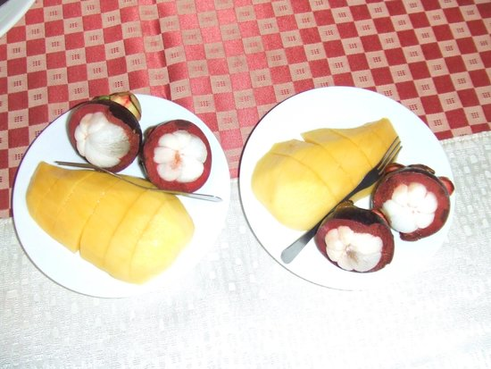 Baan Pai Nai Wieng : 絶品フルーツ マンゴー、マンゴスチン