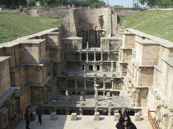 Rani Ki vav: View of complete structure
