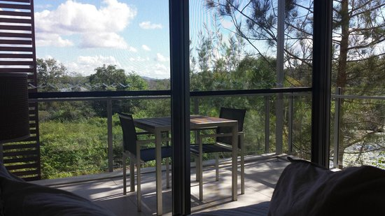 RACV Noosa Resort : Looking out from our bed room