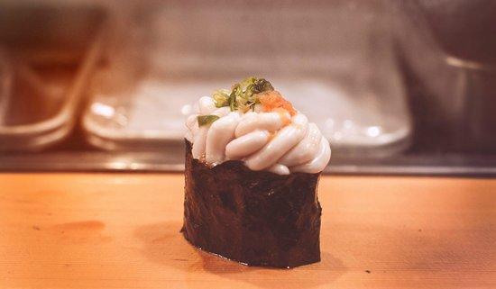 Sushidai: Sperm sack sushi - unqiue taste