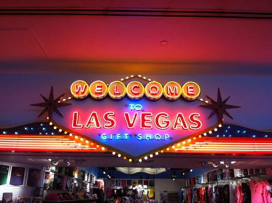 Marriott's Grand Chateau: Welcome to Vegas (store) in the airport