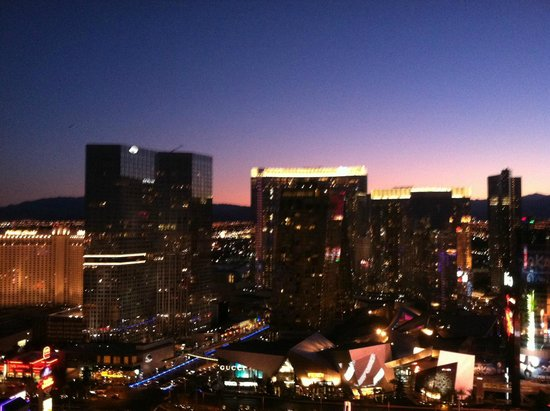 Marriott's Grand Chateau: view from the 38th sky bar area