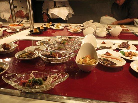 Sandos Cancun Luxury Resort: food!!!