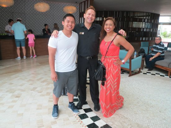 Sandos Cancun Lifestyle Resort: Alfred, he was awesome! Cant wait to see him soon.