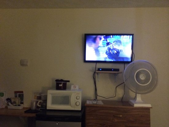 Alaska Range Motel : Nice TV...!*