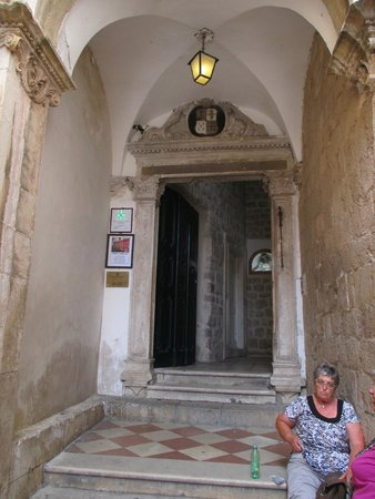 Franciscan Monastery: Entrance