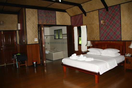 Sepilok Nature Resort: room 15